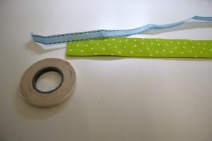 Position des Uhrrohling markieren und ein doppelseitiges Klebeband bereithalten.