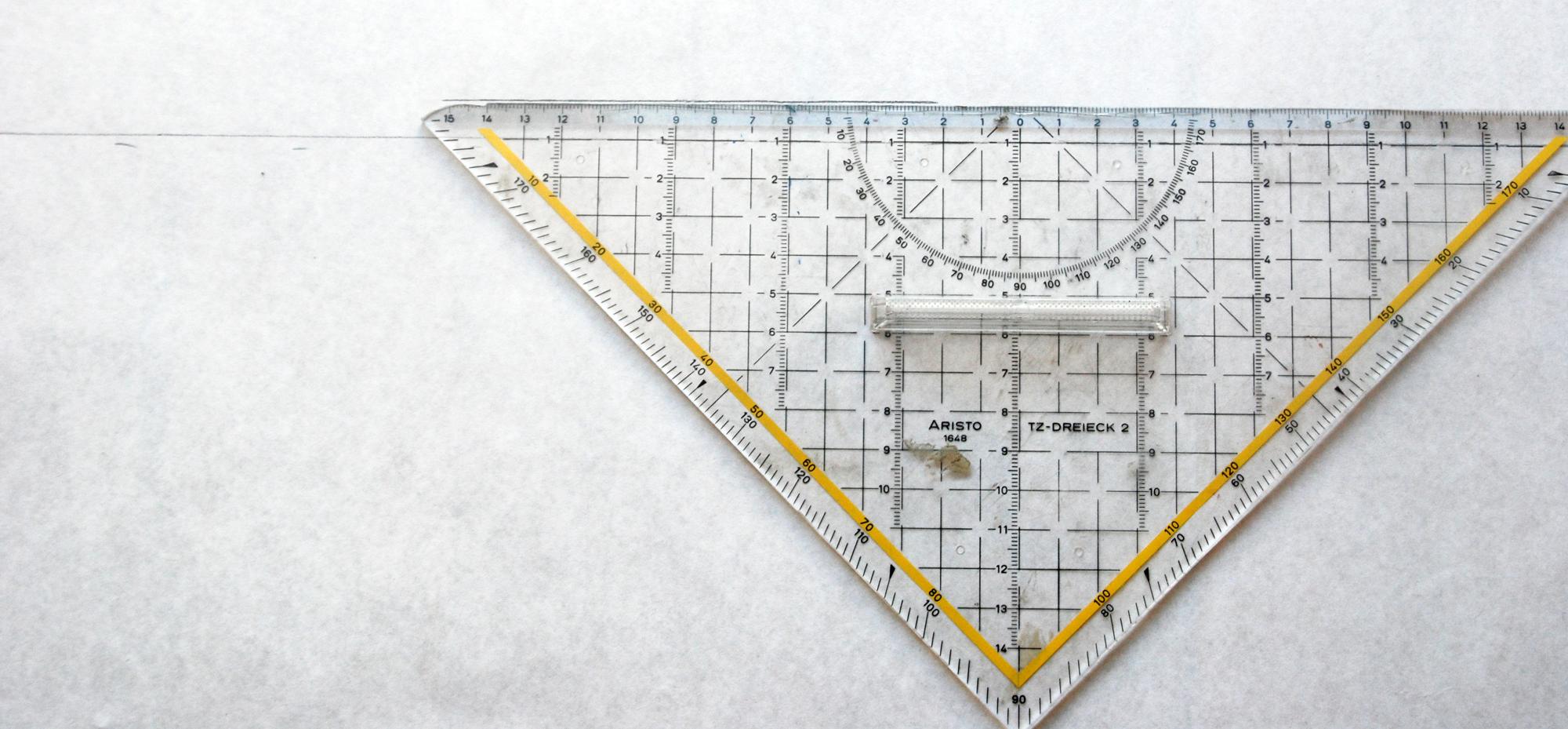 Nehmt euch für das RT-Schnitteil das Geodreiexk zu Hilfe.