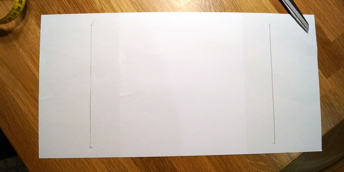 Nun noch jeweils 6cm in der breite und 1 cm in der Höhe hinzugeben, auf Papier übertragen und Schnittmuster zurechtschneiden.